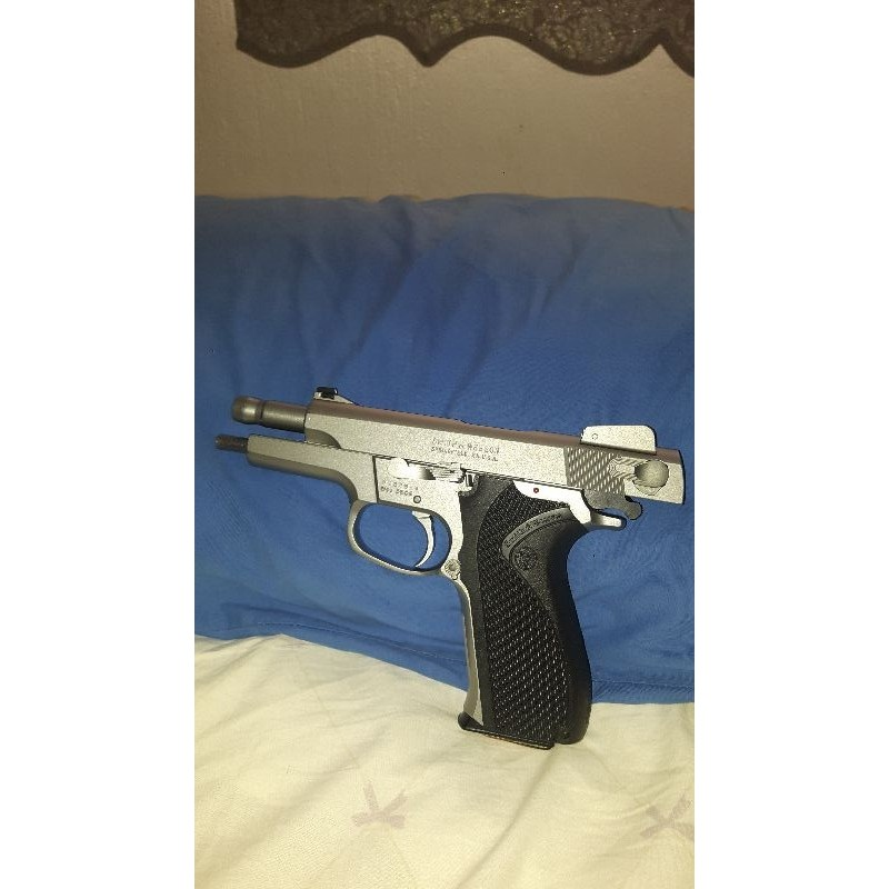 Smit Wesson