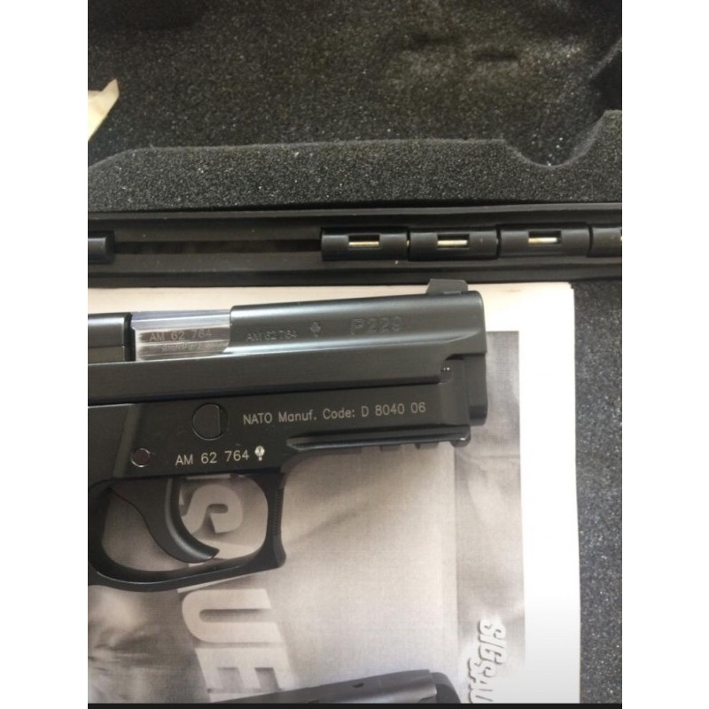 Kutusunda Sıfır ayarında Sıg Sauer Alman p229