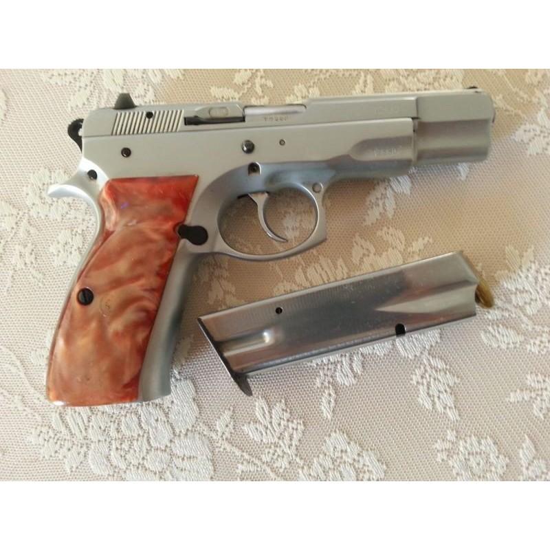EMEKLİ POLİSTEN TAŞIMA RUHSATLI CZ-75  B