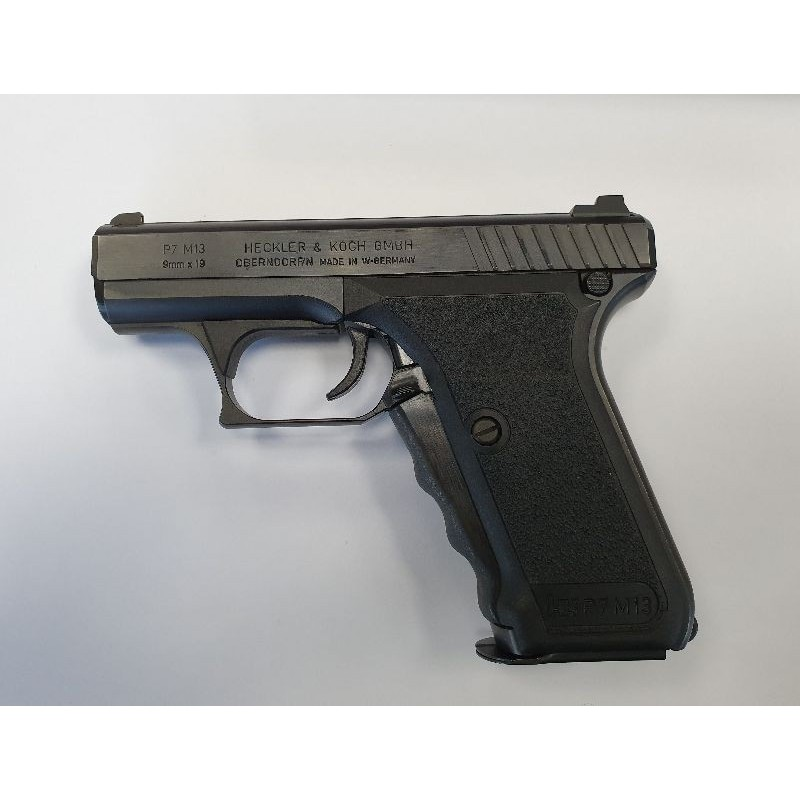 HECKLER KOCH P7 M13