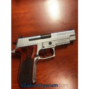 Sig Sauer P226 Elite 9mm