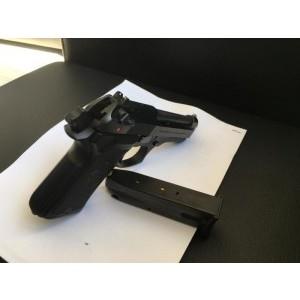 Beretta F92 Compact 13+1